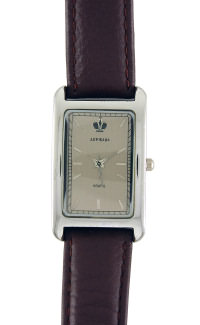 D225-25131&#10Case material: brass&#10Braclet material: genuine leather&#10Movement type: quartz-mechanical